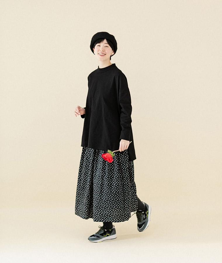 【Lintu Laulu】モックネック大人のゆったりTシャツ(B・ブラック)