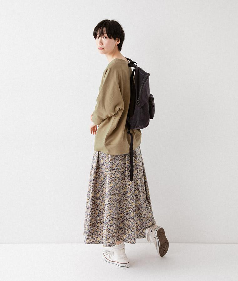 【Lintu Laulu】オリジナルフラワープリントスカート(ピンクベージュ)