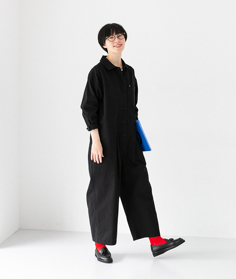 【Lintu Laulu】製品洗いコットンのジャンプスーツ(B・ブラック)