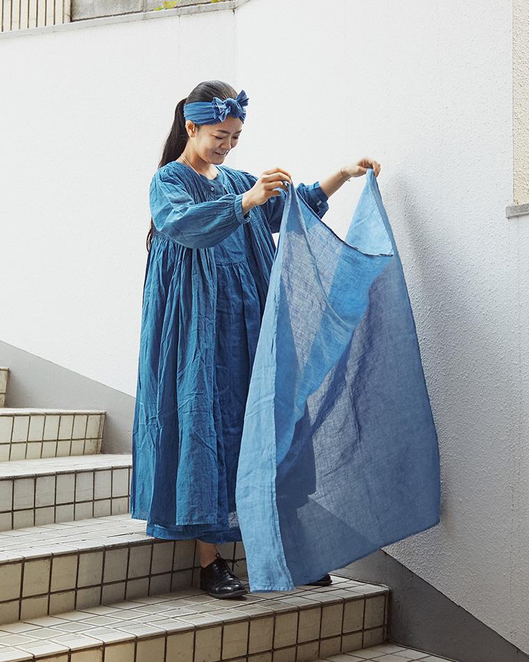 ジャパンブルーの重ね着
