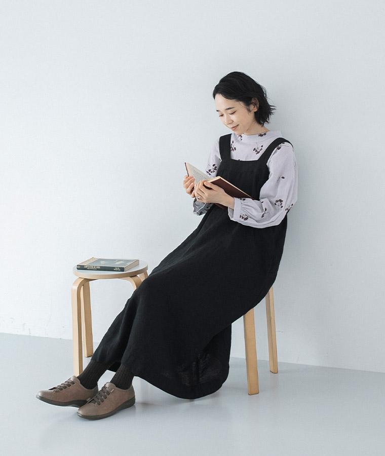 ジャンパースカートと刺繍ブラウスと、ACHILLES SORBO/【新作】レザーとスウェードのコンビ
